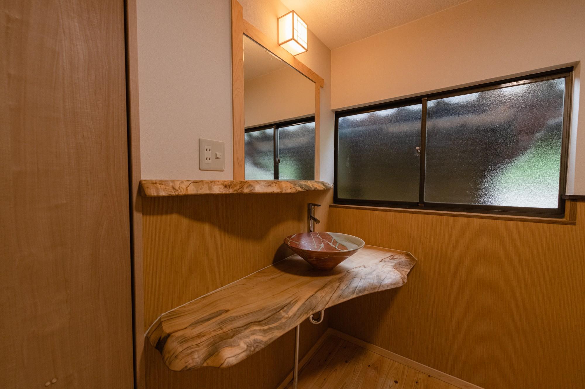 バス/トイレ事例:造作洗面スペース(木のぬくもりのある暮らし)