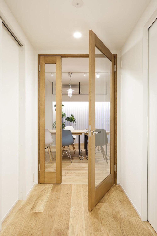 その他事例:廊下(ゆい-家族がポジティブに暮らすためのバリアフリー。将来に備えてリノベーション)