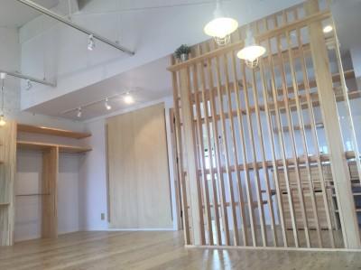 Eマンション~ハンモックのある暮らし~ (ダイニングスペース)