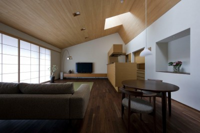 居間1 (九条の家)