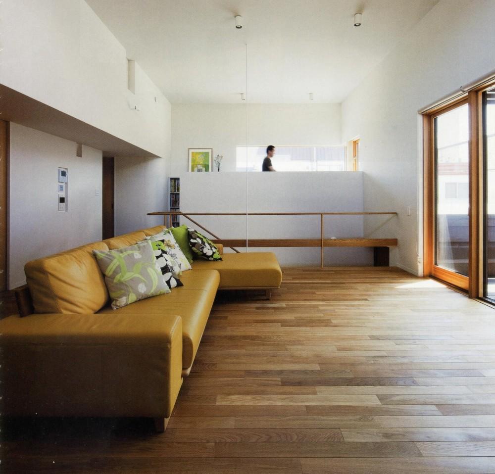 美香保の家 (居間2)