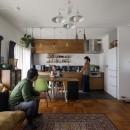 A邸-戸建てからマンションへ。サイズダウンしても狭さを感じない部屋の写真 リビングダイニングキッチン