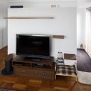 A邸-戸建てからマンションへ。サイズダウンしても狭さを感じない部屋の写真 リビング