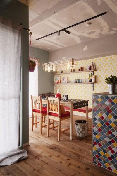 キッチン (CAFEで暮らす~色遊びを楽しむ家~)