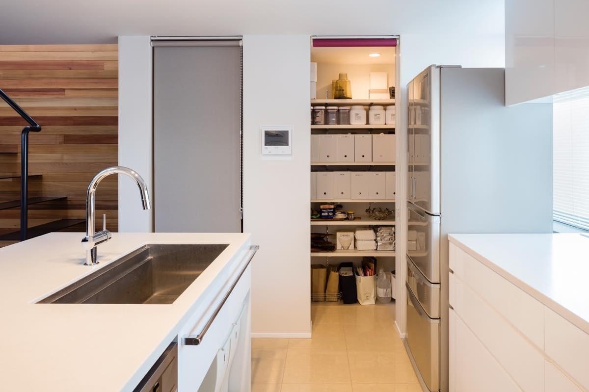 キッチン事例:内観11(根岸の家)