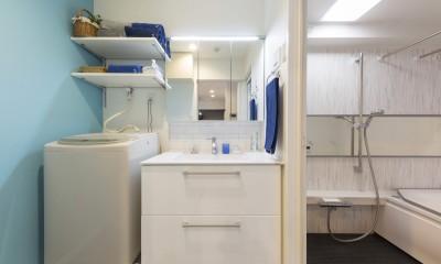 親子のこだわり満載。「好き」と「素敵」が溢れるリノベーション (ゆったり使える洗面室と浴室)