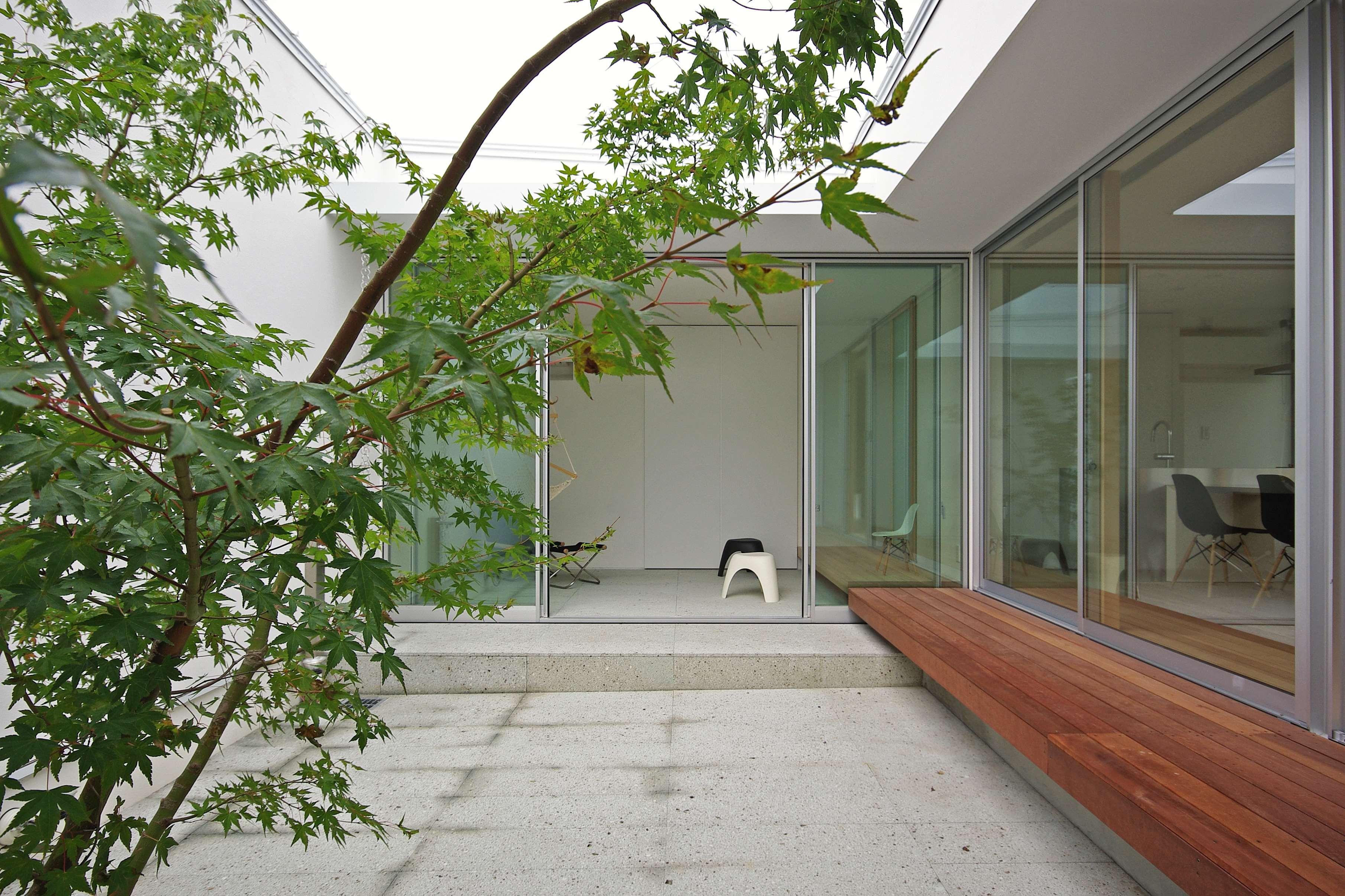 アウトドア事例:中庭2(平尾の家-hirao)