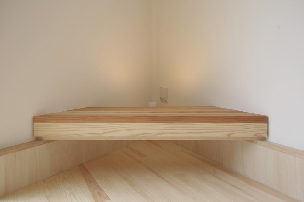 交野市の家 (家具)