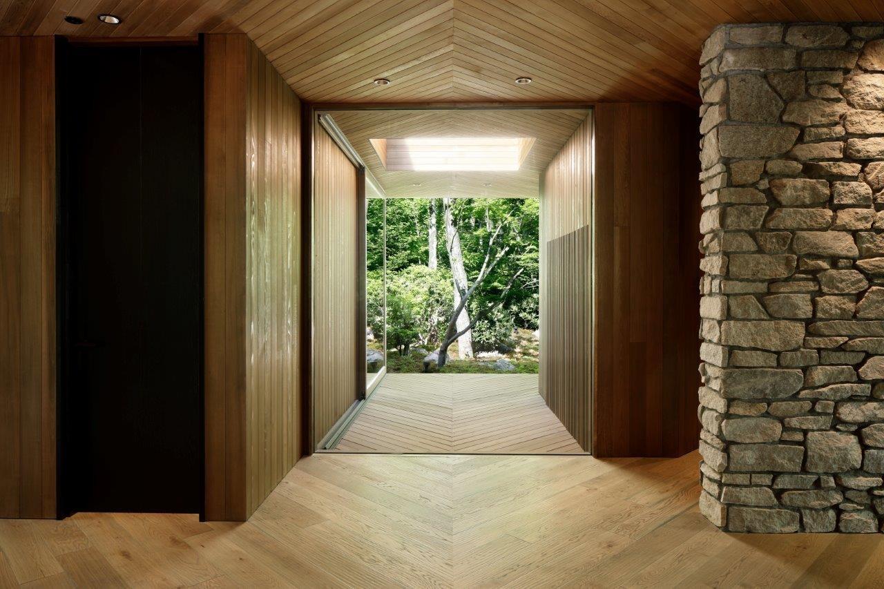 リビングダイニング事例:廊下(A山荘)