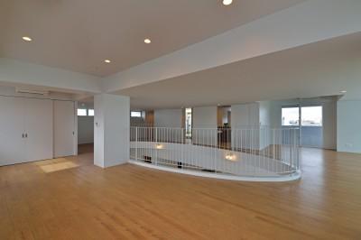 オープンスペース (西原町の家)