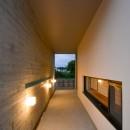 読谷村の家の写真 玄関までのアプローチ