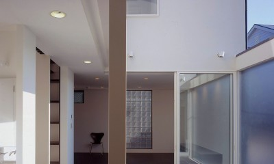 西荻の家 (廊下)