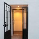 代々木上原の家の写真 玄関