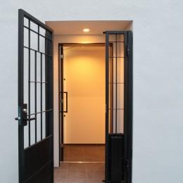 代々木上原の家 (玄関)