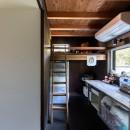 『青海の家』 風景と住む。~伊勢湾を臨む~の写真 ハシゴで上がるベッドのあるこども室