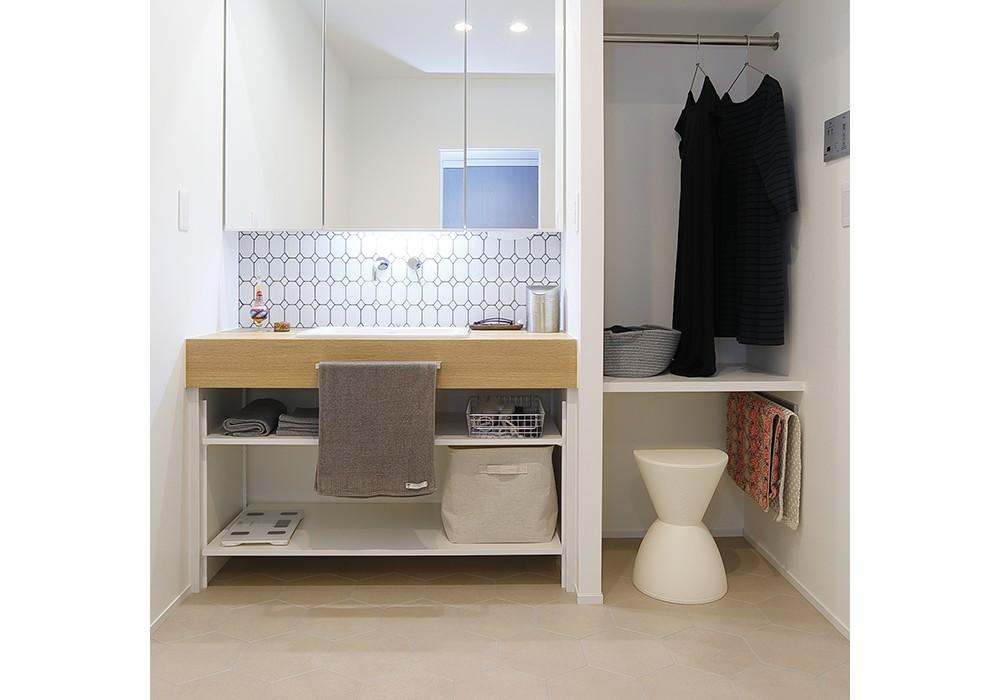 バス/トイレ事例:洗面室(HYGGRE-駅近マンションで猫とルンバとスマートな毎日を)
