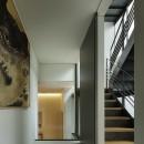 渋谷区I邸 / I House In Shibuyaの写真 階段、廊下