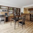 造り付け家具で室内一新の写真 カフェのようなLDK