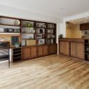 造り付け家具で室内一新の写真 デザイン自由自在の壁面収納