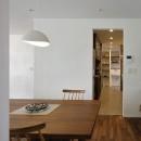 古都を感じる住まい 鎌倉の戸建てリフォームの写真 キッチンを廻る2WAYの動線