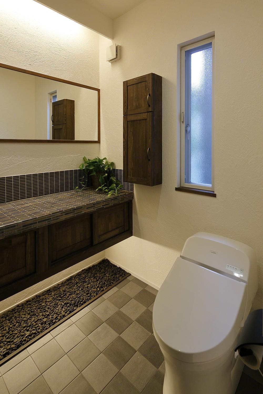 バス/トイレ事例:上質な和モダントイレ(古都を感じる住まい 鎌倉の戸建てリフォーム)