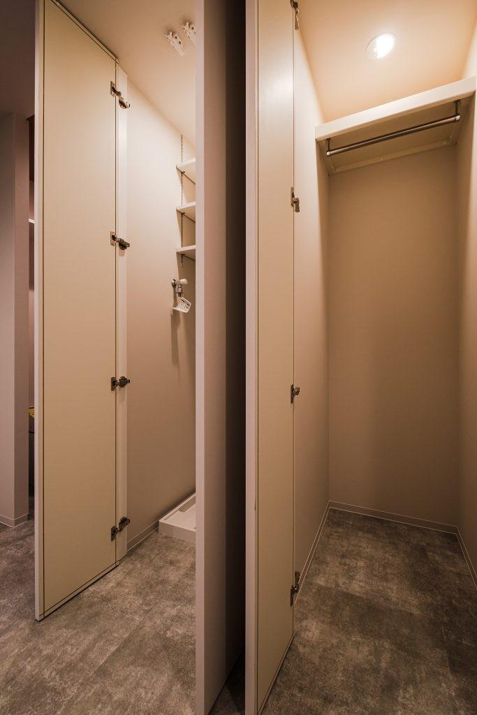 玄関事例:玄関(スタイリッシュなワンルームスタイル)