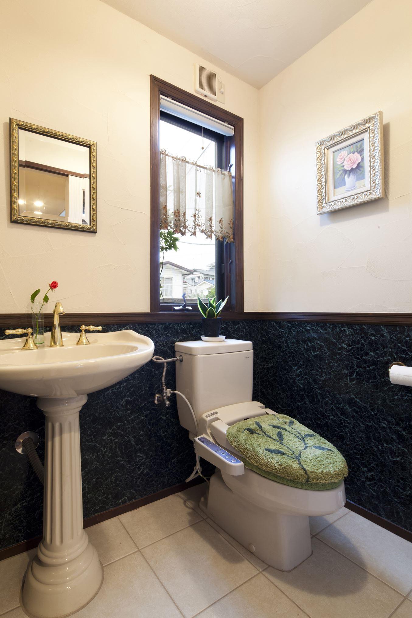 バス/トイレ事例:トイレ(長年抱えていた不満をすべて解消したリノベーション)