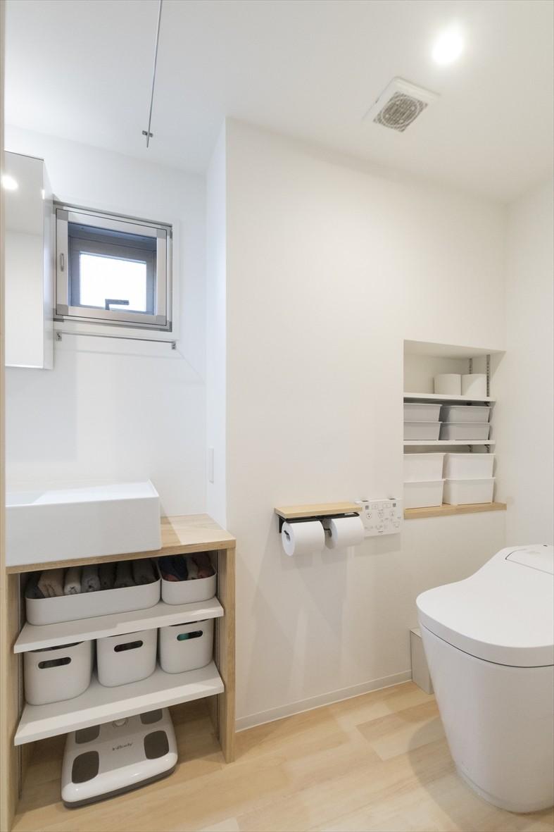 バス/トイレ事例:洗面室・便所(宮崎台のリノベーション)