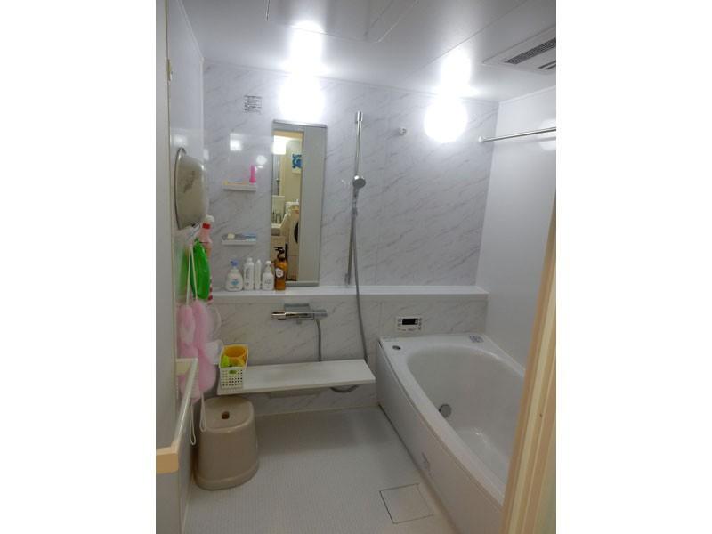 バス/トイレ事例:小さかった浴室を大きな1坪タイプに(NYスタイルの子育て真っただ中・マンションリノベーション)
