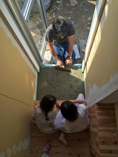 鎌倉の家〜祖父母の家を引き継ぐ木造戸建てリノベーション〜 (ビー玉土間)