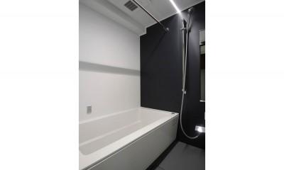 浴室|インダストリアル×ナチュラルの調和がとれた広々空間へ
