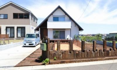 矩勾配屋根の家