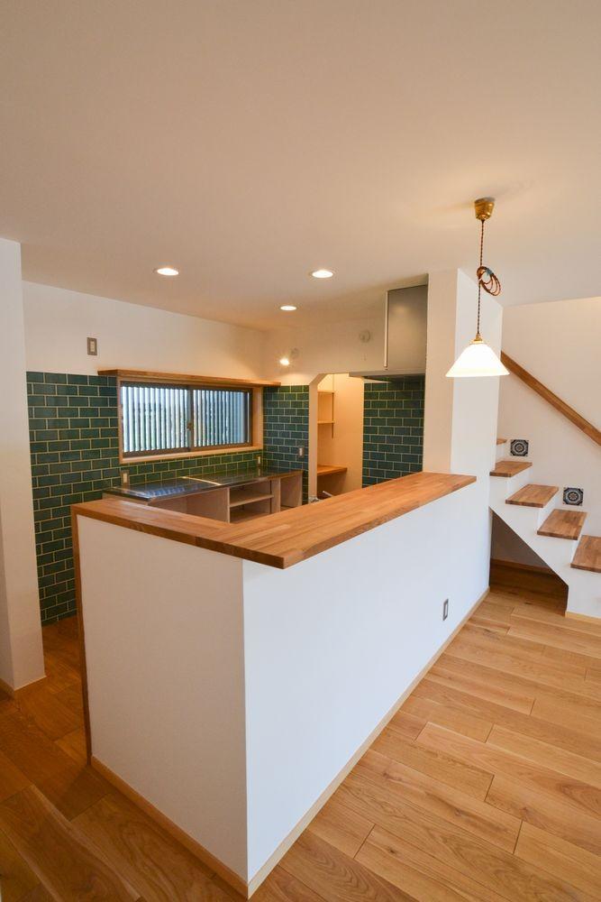 矩勾配屋根の家 (キッチン)