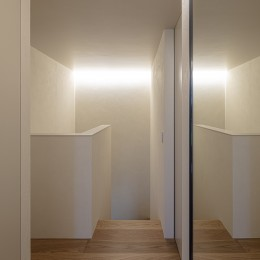 X house (廊下)