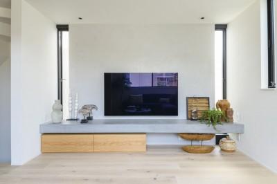 清閑なる家 (造作TVボード)
