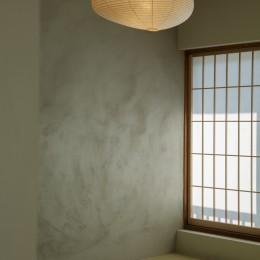 上質な質感に包まれた光と風・風景を楽しむ家 (和室)