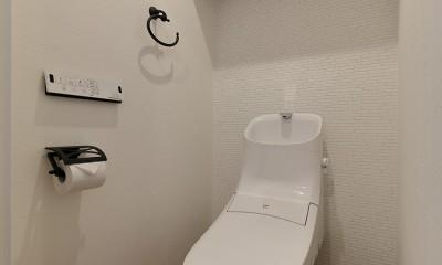 事務所からシェアハウスへリフォーム (ナチュラルテイストの寛ぎトイレ)