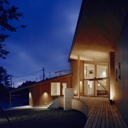 建築家 森吉直剛の事例「VILLA BOOMERANG / 八ヶ岳の別荘」