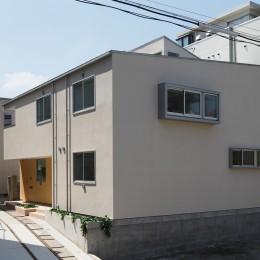 木の温かみのある2世帯住宅 ( 関町北の家 ) (外観)
