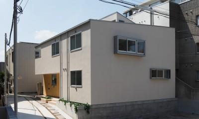 木の温かみのある2世帯住宅 ( 関町北の家 )