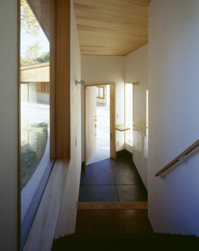 玄関 (VILLA BOOMERANG / 八ヶ岳の別荘)