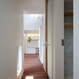木の温かみのある2世帯住宅 ( 関町北の家 ) (子世態廊下(2階))