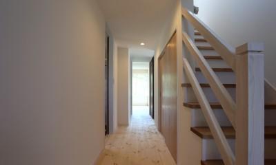伏竜の家 (階段・廊下)