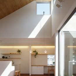 木の温かみのある2世帯住宅 ( 関町北の家 ) (子世態リビング・ダイニング・キッチン)