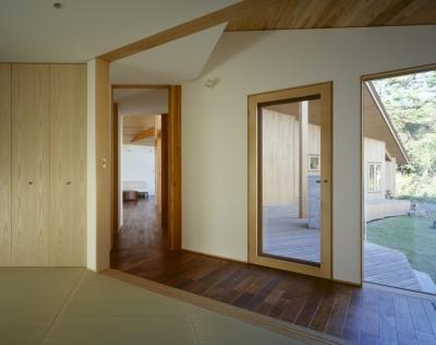 和室、廊下、テラス (VILLA BOOMERANG / 八ヶ岳の別荘)