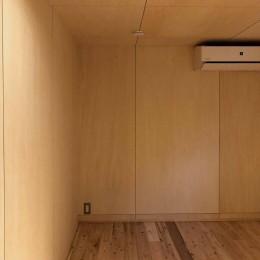 柏の家2(回遊する家) (部屋1)