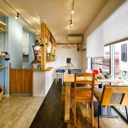 育ち続ける DIYカフェ