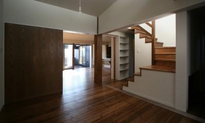 季行船 (寝室と階段)
