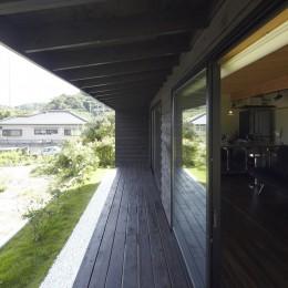 館山の家~海辺の町で暮らす終の棲家 (縁側)
