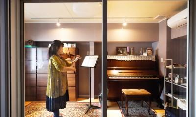 音楽家としての生活を中心に設計。防音室のある家。